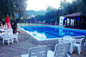residence gargano piscina-casale delle principesse